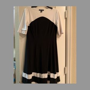 Long sleeve dress. A line dress.